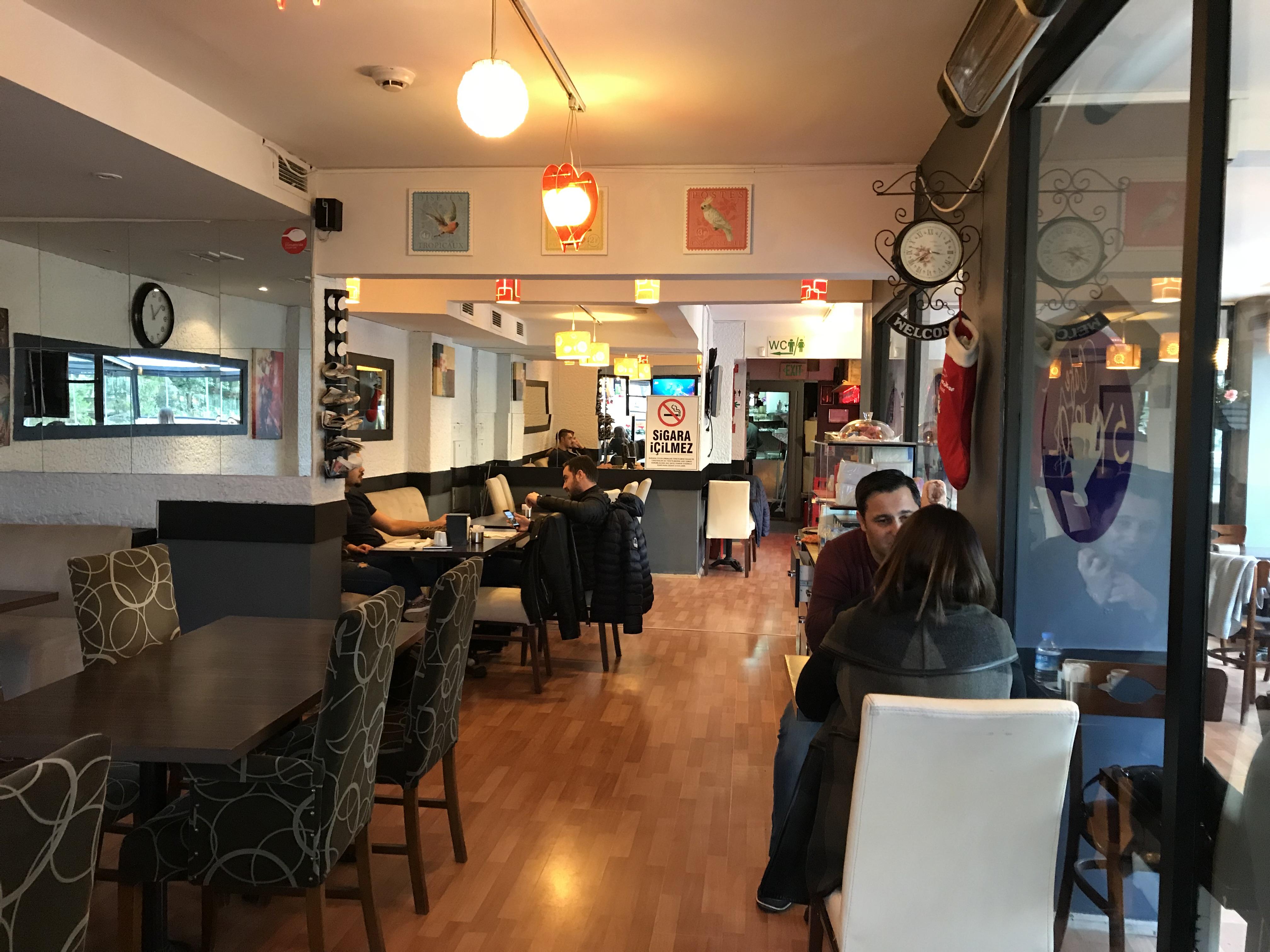 Symbol Cafe Badat Caddesi Berrak Mekanlarda