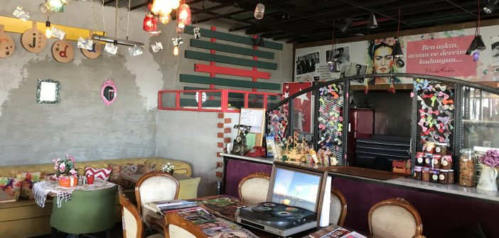Cantine Del Frida: Pendik Marina'da Farklı Bir Konsept