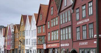 """Norveç'in Renkli ve Sevimli Şehri """"Bergen"""""""